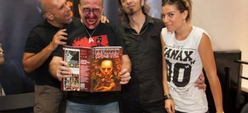 Amici di Mondospettacolo, pochi giorni fa si è concluso il 34° Fantafestival di Roma e tra i partner di questo prestigioso evento c'è stata la famosissima rivista SPLATTER! Ho fatto...