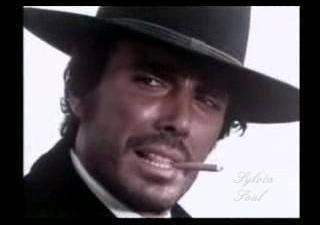 George Hilton, uno dei volti più simpatici del cinema popolare italiano anni 70. E' un piacere averti come ospite qui a MondoSpettacolo, benvenuto! Grazie a Voi,il piacere è tutto mio....