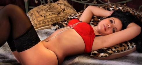 Cari amici, oggi è il compleanno di una delle protagoniste del nostro portale. Si perché oggi è il compleanno della Sexy Star Alexa Elena e noi di Mondospettacolo abbiamo deciso...