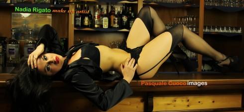"""La splendida fotomodella romana Debora Di Paolo, sarà una delle protagoniste del contest fotografico """"LE VAMPIRE DI MONDOSPETTACOLO"""". Debora, verrà trasformata in vampira dalle ragazze dello staff della scuola di..."""