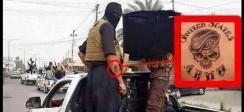 Questa foto è stata twittata dal parlamentare britannico George Galloway, è sorprendente perché ritrae un (ex) soldato delle truppe statunitensi tra i terroristi dell'ISIS … la domanda che nasce spontanea...