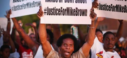 """""""L'omicidio avvenuto domenica a Los Angeles, di un cittadino statunitense di colore, Charley Robinet, disarmato e con disturbi mentali, da parte di un agente di polizia, riflette un grave deterioramento..."""