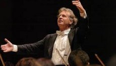 E' stato dedicato a Mozart il secondo appuntamento col classicismo, nell'ambito della 55a stagione concertistica organizzata dall'Ente Concerti di Pesaro, in collaborazione con il Comune ed il sostegno del Ministero...