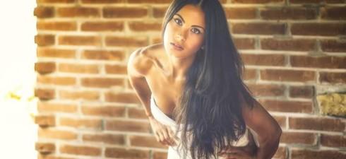 Lucia Centorame, modella, 26 anni nata a Cagliari. Modella ma anche attrice, infatti hai frequentato l'accademia di recitazione…. Si attrice, ho già avuto un ruolo da protagonista in un film […]