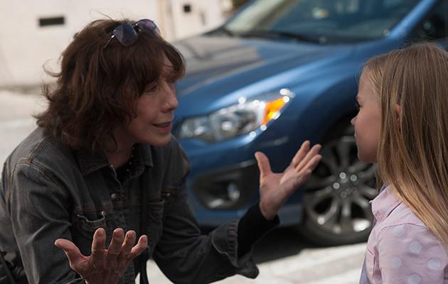 """Ancora due film nel pomeriggio di giovedì alla Festa del Cinema di Roma. Il primo è il divertente """"Grandma"""" di Paul Weitz. Sage (Julia Garner)è una giovane ragazza timida ed […]"""