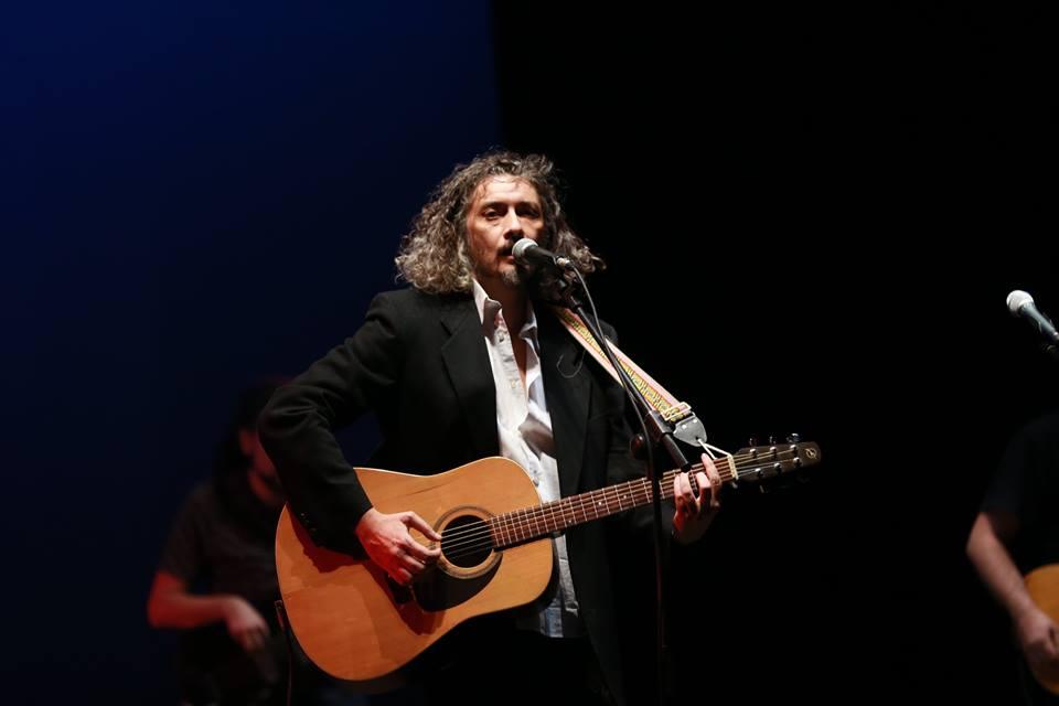 Cari amici e amiche di MondoSpettacolo oggi la vostra Erika Kamese vi presenta Alessio Bonomo, grandissimo artista di una sensibilità particolare. Alessio, esordisce al Festival di Sanremo nel 2000 con […]