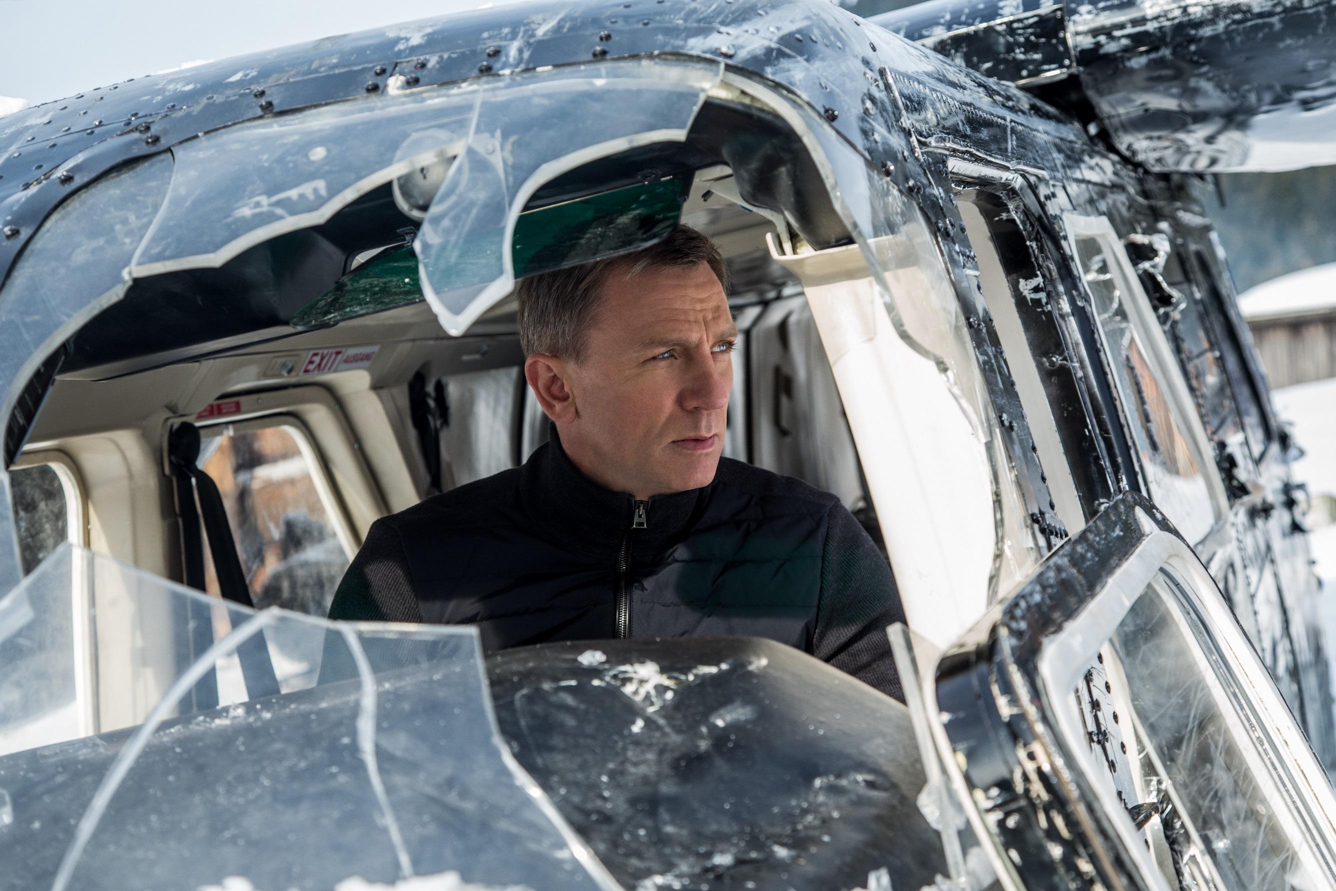 """Questa mattina abbiamo visto in anteprima il tanto atteso """"Spectre"""", 24° capitolo della saga dell'Agente 007,James Bond. Città del Messico, Giorno dei Morti. In mezzo a migliaia di persone festanti, […]"""