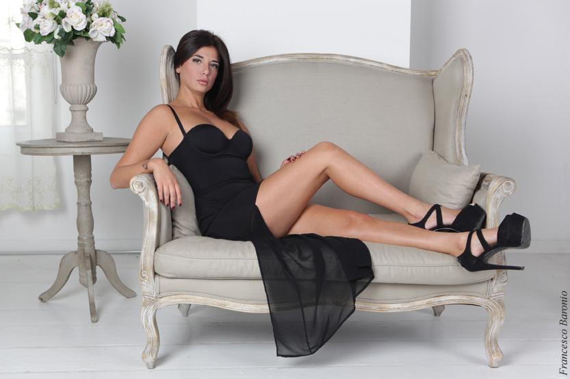 Giulia Di Bastiano è persona schietta e per questo semplice da descrivere: ama far sognare gli italiani tenendo sempre i piedi per terra. Questione del suo ruolo di attrice? No, […]