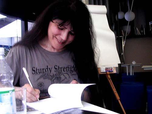 Alda Teodorani è una delle principali scrittrici e sceneggiatrici dell'horror nostrano, sono tantissimi i suoi romanzi e i suo racconti che sono stati pubblicati. In occasione della prima edizione del […]