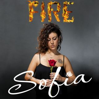 """Un curriculum di tutto rispetto per Sofia che si appresta a lanciare nel mercato discografico internazionale il suo primo brano. Prodotto dai padovani Mario Barbierato e Matteo Gobbo,""""Fire"""" è una […]"""
