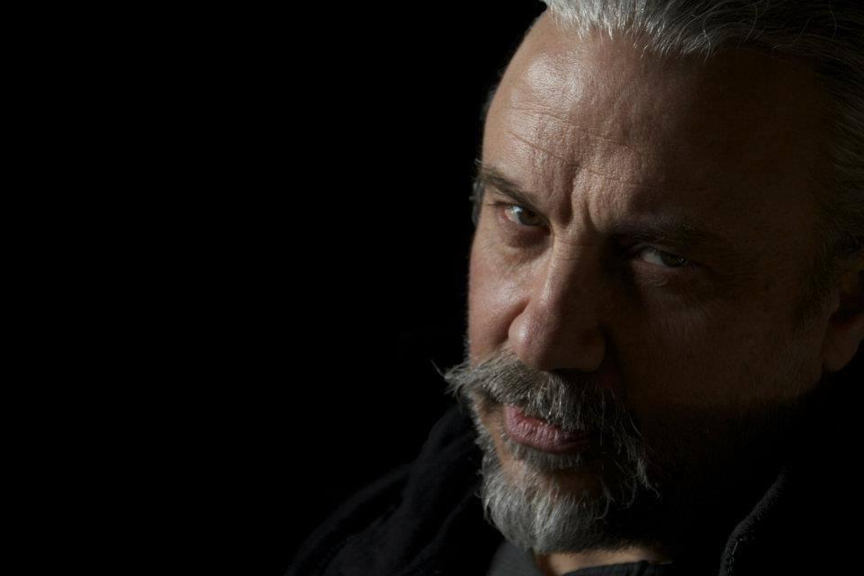 """Nel 1999 il regista Sergio Stivaletti girò il bellissimo Videoclip dei Daemonia: """"Profondo Rosso"""", ho chiesto a Sergio di parlarci di questa straordinaria esperienza registica, ma prima riguardiamoci il mitico […]"""