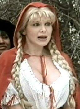 Intervista ilona staller ricorda la sua amica barbarella ex pornostar morta a dicembre - Diva futura video ...
