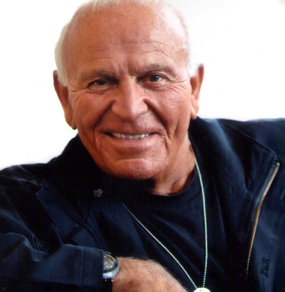 """Il Maestro Enzo G. Castellari a San Mauro Torinese (Torino) per festeggiare il 40 compleanno del suo """"Keoma"""" Enzo G. Castellari è uno dei padri del western all'italiana, i suoi […]"""