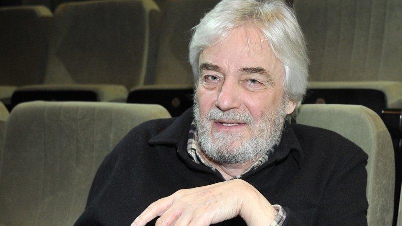 Neanche un anno fa ci siamo commossi con la vicendadel regista Claudio Caligari che, tornato al cinema dopo oltre 15 anni di assenza, si era spento subitodopo aver terminato le […]