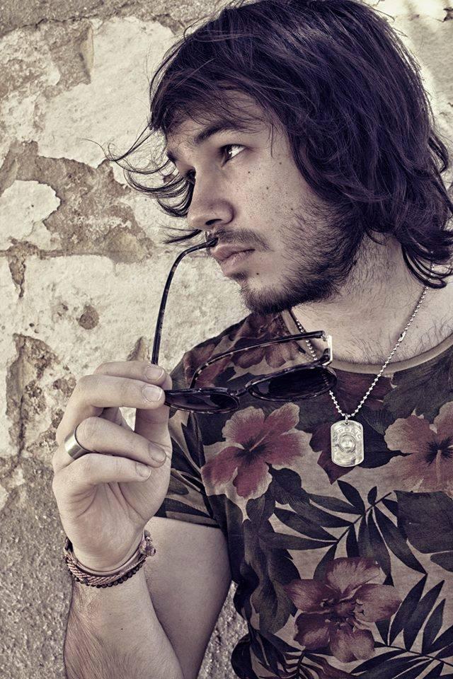 Appassionato di cinema e fotografia, Pietro Cinieri comincia il suo percorso nel 2006, realizzando brevi video amatoriali. Successivamente, approfondisce gli studi di regia e nel 2011 fonda la casa di […]