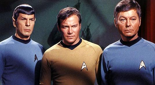 Almeno una volta nella vostra vita, vi sarà capitato di ascoltare una delle sigle più famose della storia della televisione. Sto parlando della sigla di Star Trek. E ancora molti […]