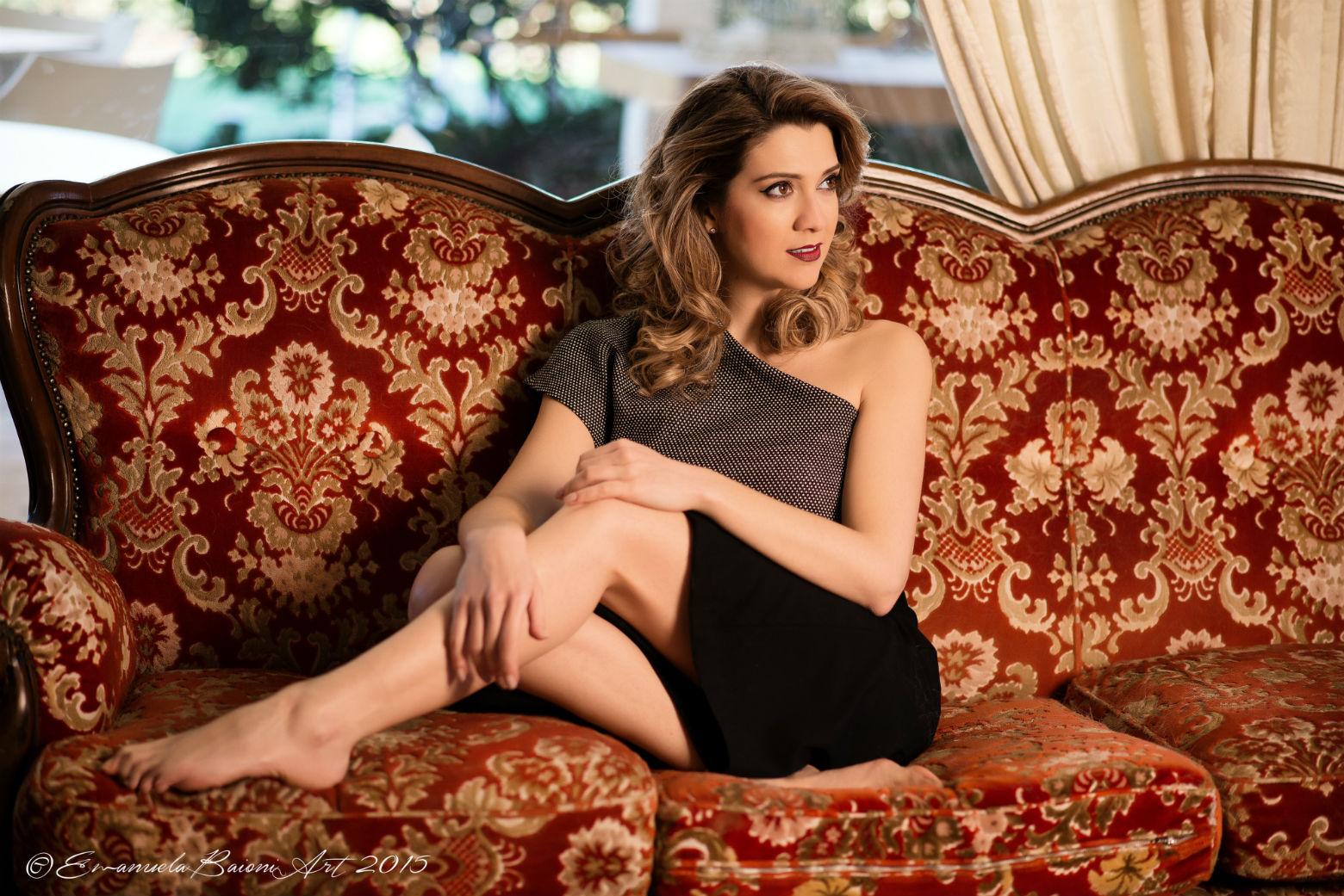 """Martedì 17 maggio la cantante ravennate Eleonora Mazzotti sarà al Festival di Cannes in occasione della presentazione di """"Tra le onde, nel cielo"""" docu-film di Francesco Zarzana.È lei infatti a […]"""