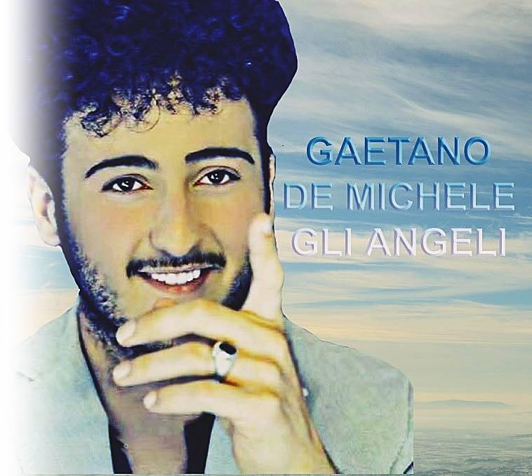 """Gaetano De Michele nasce a Taranto l'1 Febbraio del 1996. All'età di 5 anni i genitori, per Natale, gli regalano un """"Canta Tu"""" con alcune basi, e si accorgono subito […]"""