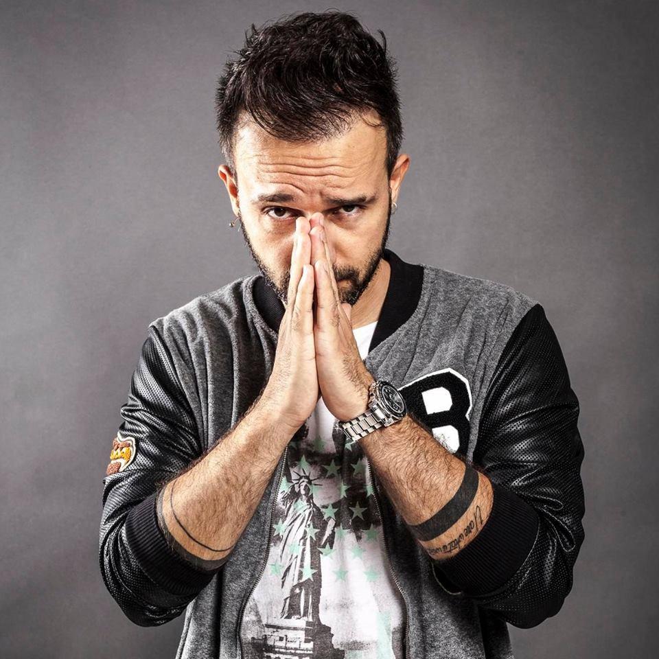 Il noto produttore pugliese Beppe Stanco firma il nuovo singolo degli Sugarfree 'Ti amo a Milano', che segna il ritorno sulle scene della band celebre di grandi successi come il […]