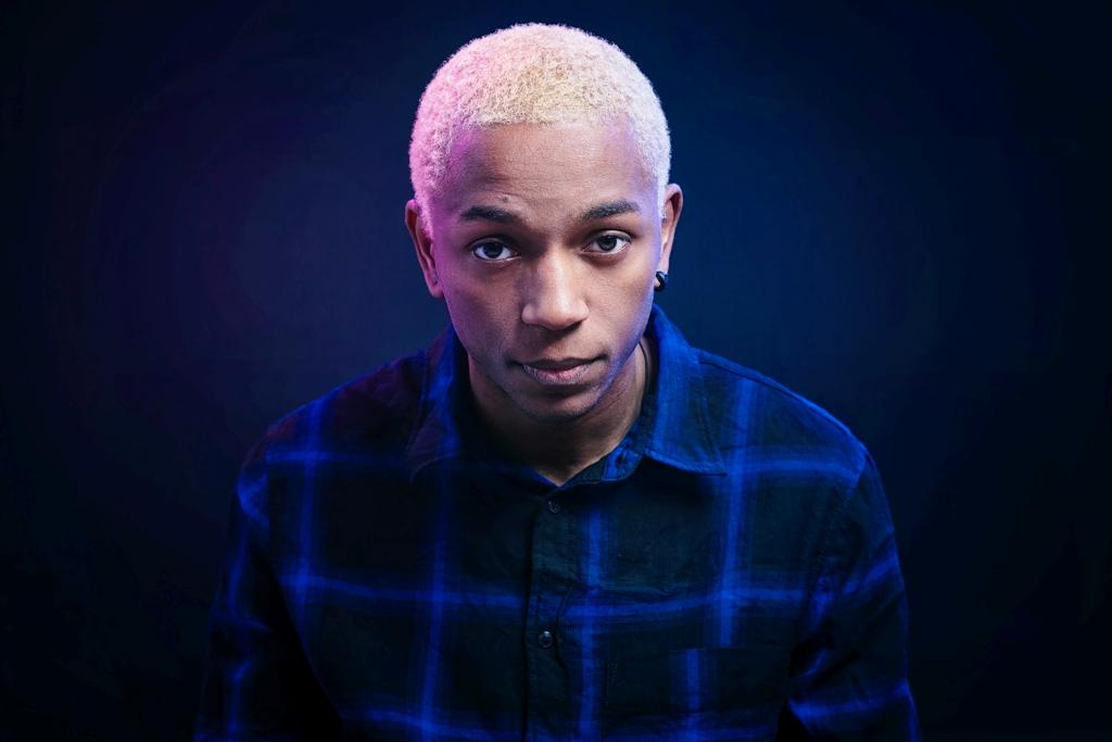 Nigga Funk (prodotto da Intiman) è il nuovo singolo del rapper romano Ciarz, che anticipa l'album Affunk di prossima pubblicazione. Dopo un album d'esordio sotto il nome di Frank D. […]