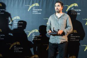 """Radu Jude con il Premio speciale della giuria per """"Inimi Cicatrizate"""""""