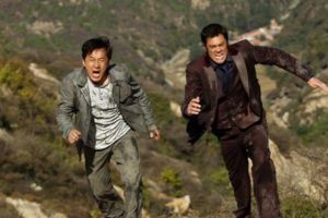 "Jackie Chan e Johnny Knoxville in ""Skiptrace - Missione Hong Kong"""