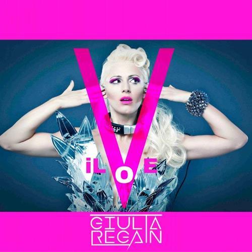 """""""iLove"""" è il nuovo singolo di Giulia Regain, brano che dà il nome l'Ep. Un mix di varie sonorità, electro, pop, edm, dance, dubstep e trance, per ricreare un """"sound […]"""