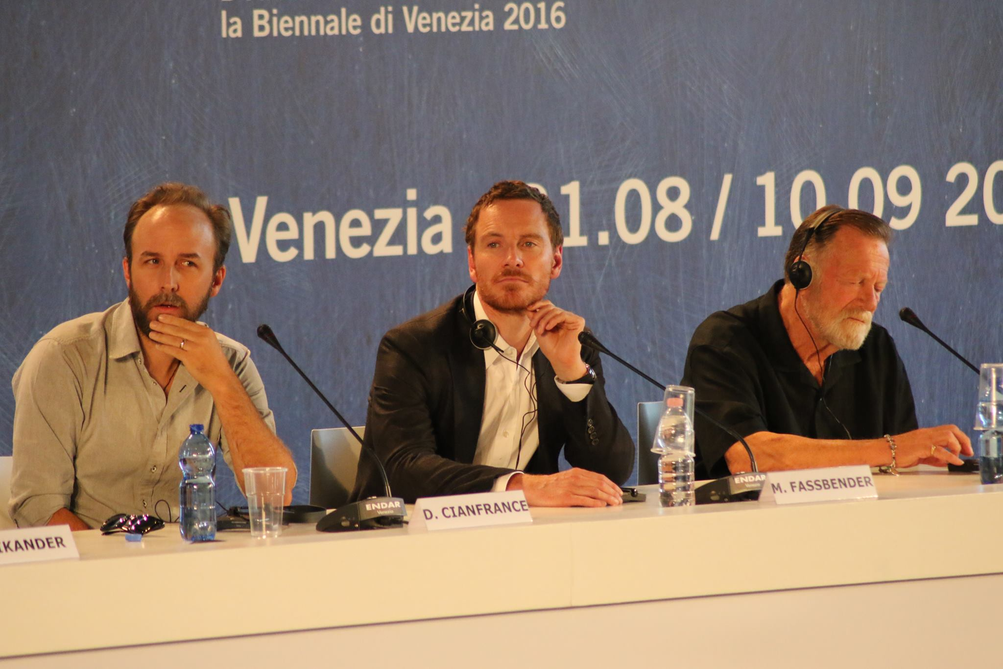 A Venezia sono sbarcatidue attori amatissimi, Michael Fassbender e la neo premio Oscar Alicia Vikander. Nella conferenza stampa di oggi hanno raccontato il loro nuovo film,La luce sugli oceani (leggi […]