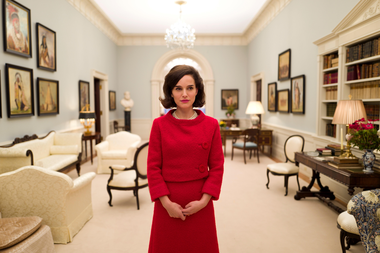 E' il giorno di Natalie Portman alla Mostra del Cinema di Venezia. Questa mattinala proiezione stampa e questa sera la presentazione ufficialedi Jackie, diretto dal regista cileno Pablo Larraín einterpretato […]