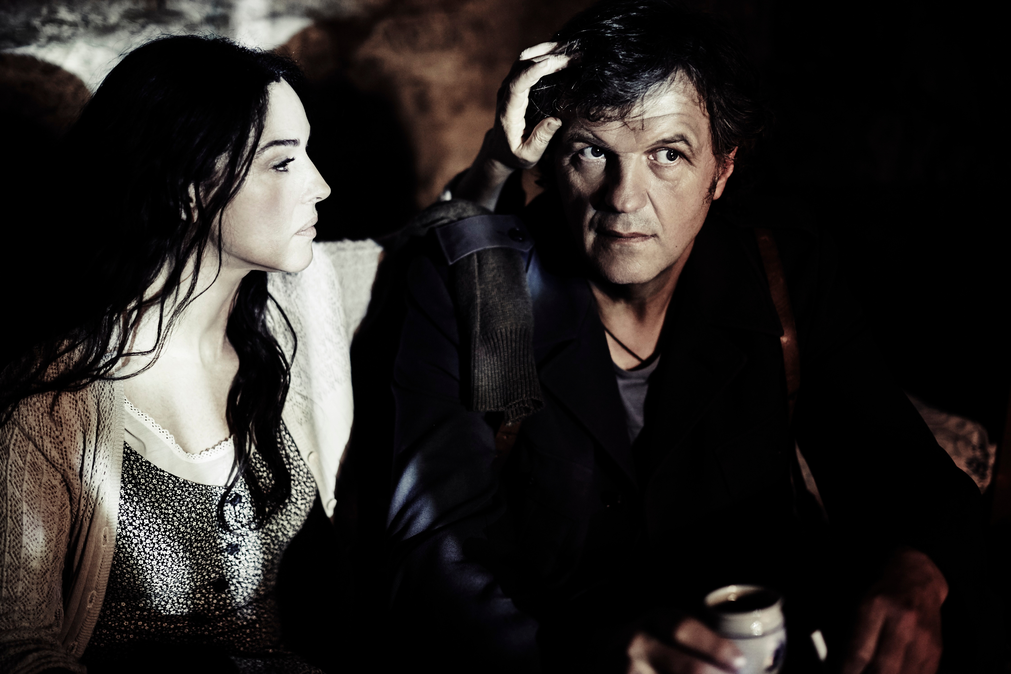 "Monica Bellucci ed Emir Kusturica in ""On the milky road"""