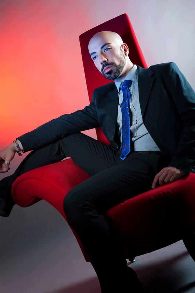 """Mondospettacolo ha incontrato il cantante romano pop dance Dan Geruss che, a distanza di due anni dalla sua uscita, rilancia il suo singolo dal titolo """"Come Into My Life"""", un […]"""