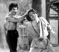 I 3 dell'Operazione Drago (a sinistra Bruce Lee)
