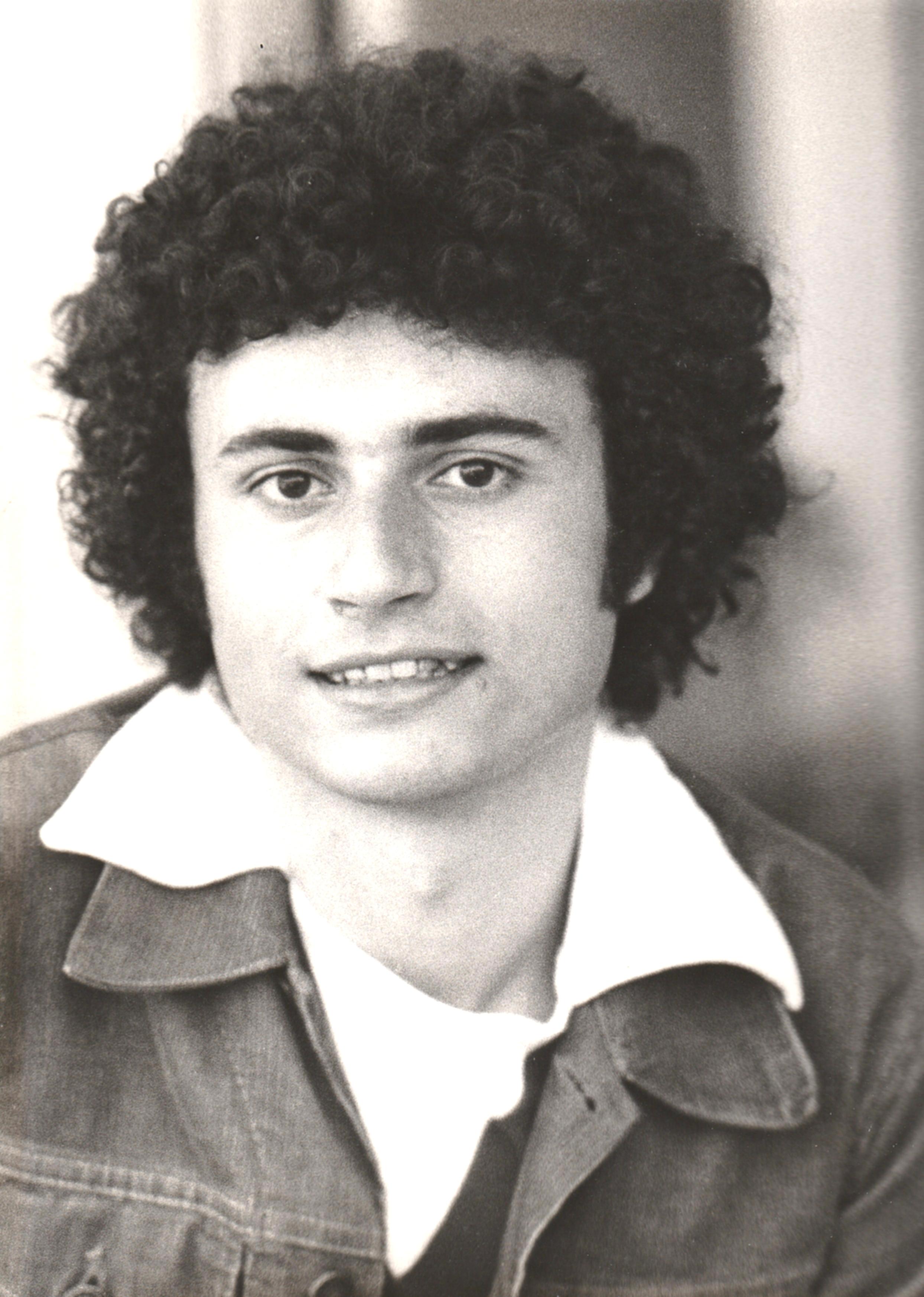 """Ero giovanissimo e mi presentai a Cinecittà per candidarmi a un piccolo ruolo in un film provvisoriamente intitolato """"Il buio nel cervello"""", tanto per intrufolarmi in quel magico mondo che […]"""