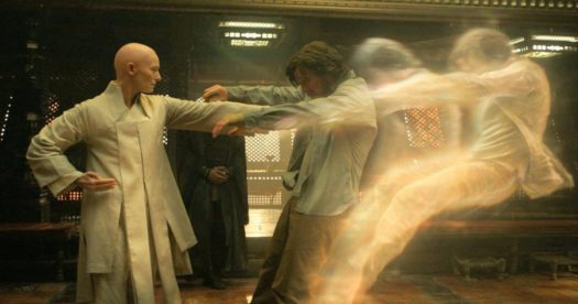 "Tilda Swinton e Benedict Cumberbatch in ""Doctor Strange"""