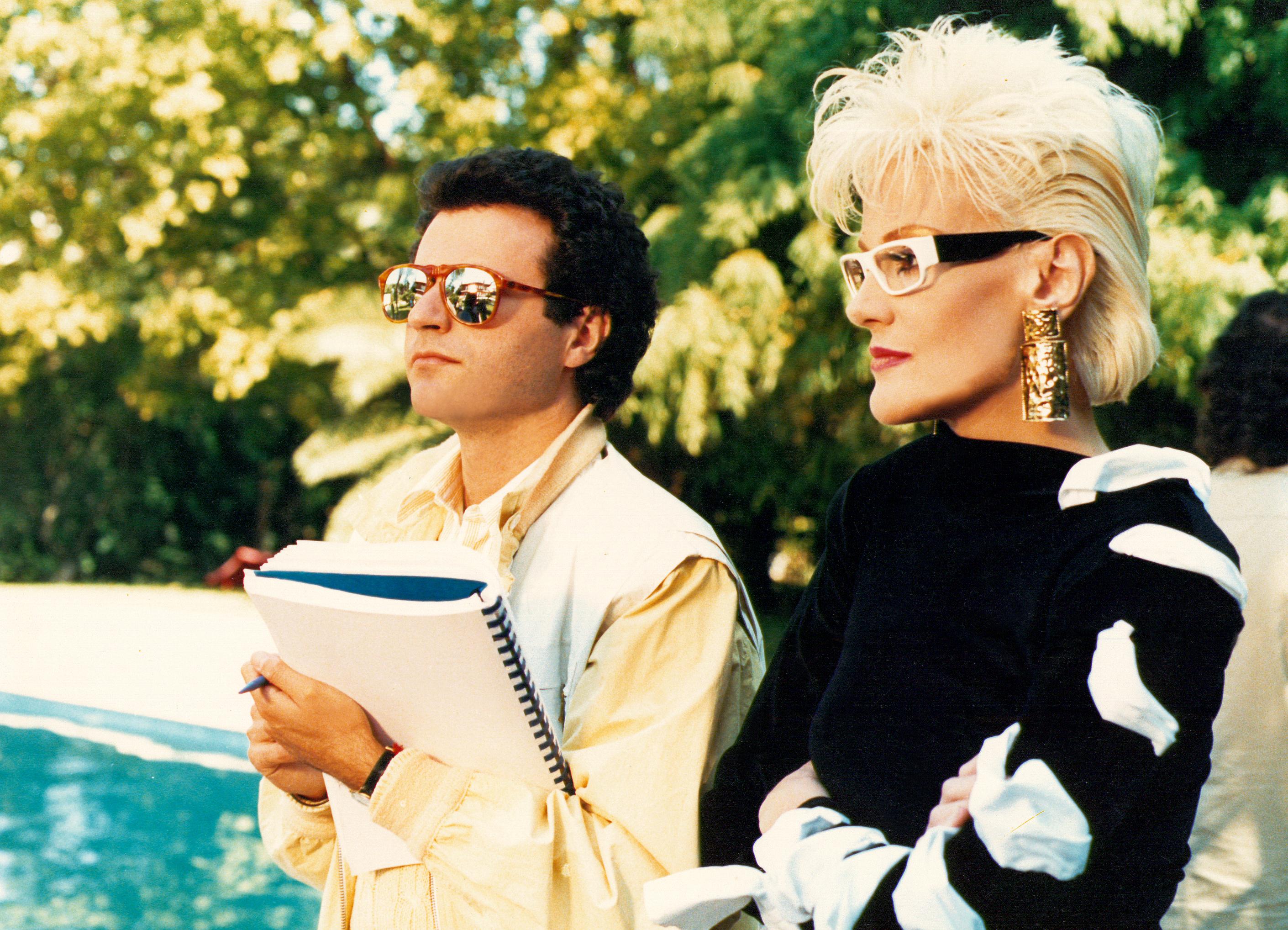 Ho avuto il piacere di dirigere Donatella Rettore nel mio film STREPITOSAMENTE… FLOP. Ancora oggi, molti mi chiedono il perché abbia scritturato come attrice una cantante di musica leggera, seppur […]