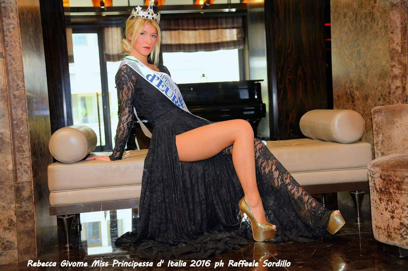 Nella splendida cornice del Golden Palace hotel di Torino incontriamo Rebecca Givone neo eletta Miss Principessa d'Europa. Ciao Rebecca, innanzitutto complimenti e benvenuta su MONDOSPETTACOLO Un saluto a tutti i […]