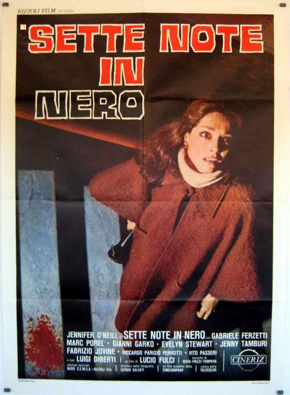 """""""Virginia, una bambina con poteri chiaroveggenti, è in collegio a Firenze. Ha una visione dove la madre si suicida gettandosi in acqua da un dirupo. La madre morirà proprio in […]"""