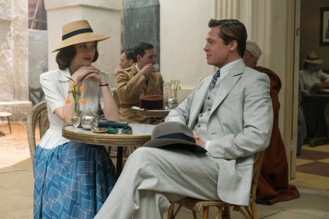 Marion Cotillard e Brad Pitt in Allied
