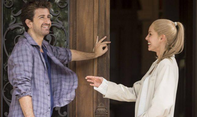 """Alessandro Siani ed Elena Cucci in """"Mister Felicità"""""""