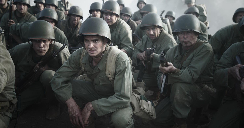 Esce domani nei cinema italiani La battaglia di Hacksaw Ridge, il nuovo filmdi Mel Gibsonpresentatofuori concorso all'ultima Mostra del Cinema di Venezia. Con La battaglia di Hacksaw Ridge, dopo insegnanti […]