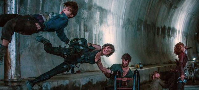 Resident Evil - The Final Chapter - Ruby Rose, Milla Jovovich, Eoin Macken, Milton Schorr e Ali Larter