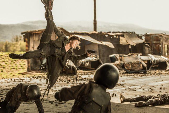 Resident Evil - The final chapter - Milla Jovovich in azione