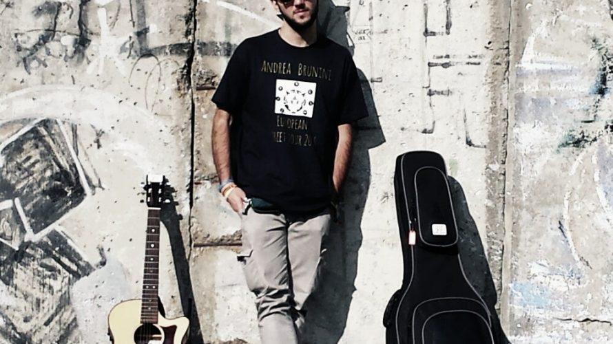Andrea Brunini, classe 1989, è un cantautore-chitarrista-pianista-improvvisatore della scena folk-rock italiana made in Tuscany. Dopo aver esordito nel 2016 al Festival di Sanremo D.O.C., ecco uscire la prima fatica discografica […]