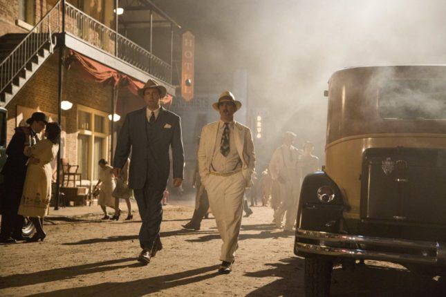 Ben Affleck e Chris Messina in La legge della notte