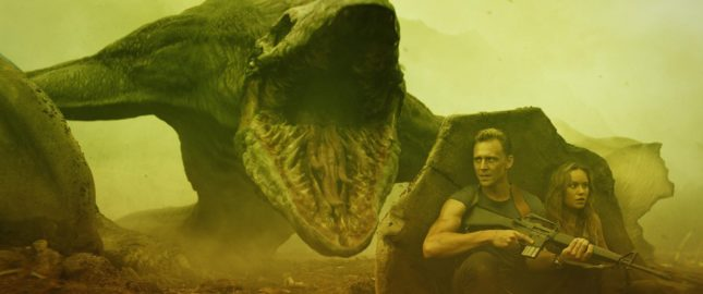 Brie Larson e Tom Hiddleston in Kong: Skull Island
