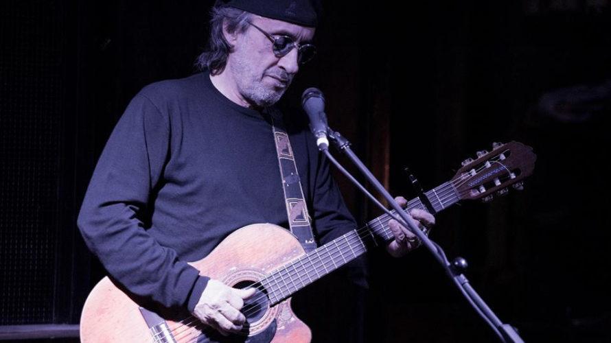 Scomparso improvvisamente a 64 anni il grande Fausto Mesolella, storico chitarrista degli Avion Travel con cui aveva vinto Sanremo nel 2000, nonché produttore, arrangiatore e autore di alcuni pregevoli dischi […]
