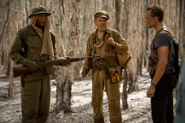 Samuel L. Jackson, John C. Reilly e Tom Hiddleston in Kong: Skull Island