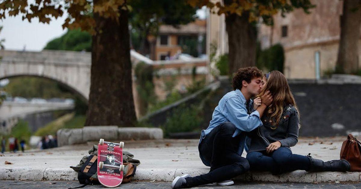 """Slam – Tutto per una ragazza è tratto dall'omonimo romanzo di Nick Hornby e racconta la storia di un amore adolescenziale """"complicato"""" dall'inaspettato arrivo di un bebè. Sullo sfondo, una […]"""