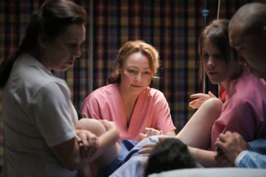 """Claire (Catherine Frot) fa nascere un bambino da brava """"sage femme"""""""