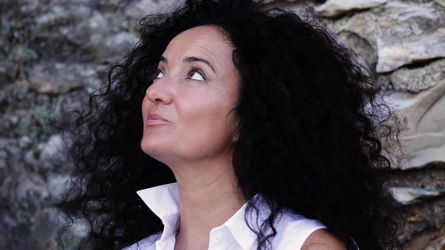 """Ciao e benvenuta Teresa Plantamura! Il 15 maggio esce il tuo primo disco """"L'Arca dell'Angelo"""". Come ti senti? Emozionata e incredula! Devo ancora realizzare quest'evento. E' stato difficile arrivare alla […]"""